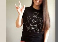 An Interview with a US Deaf Role Model Sara Miller