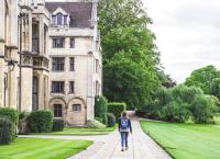 7 Tips for Deaf Students Applying for University