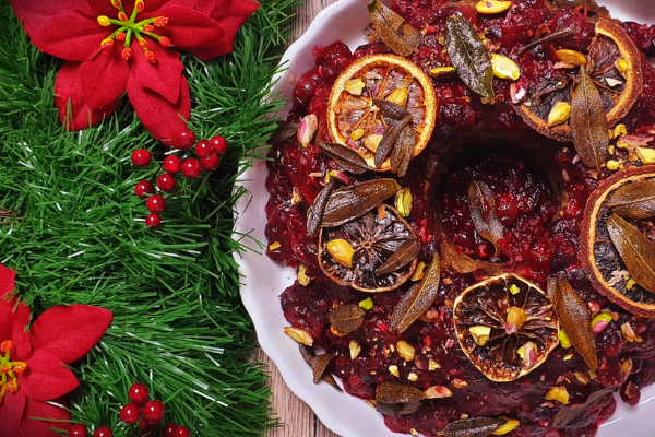 BSL Recipe: Christmas Nut Wreath with Cranberry Sauce by Leah Michaelides